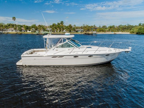 Used Tiara Yachts 31 Open LE Express Cruiser Boat For Sale