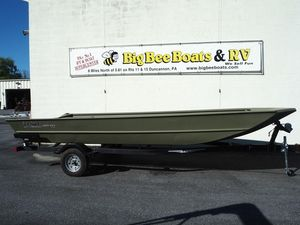 New Lowe Roughneck 2070 Cruiser Boat For Sale