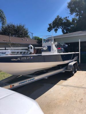 Used Pathfinder 2200 Pathfinder Center Console Fishing Boat For Sale