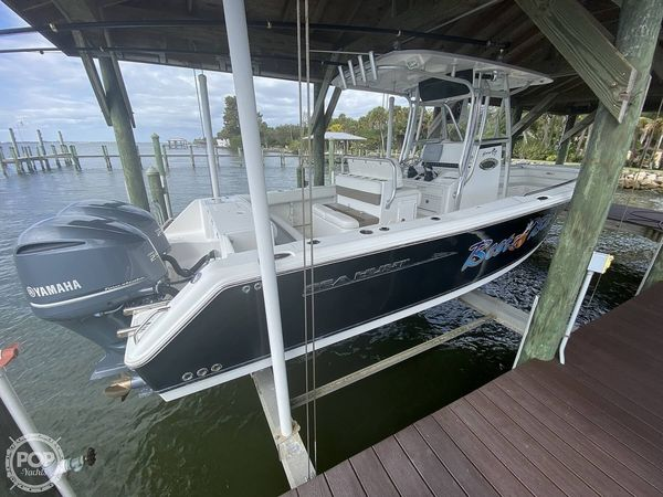 Used Sea Hunt Gamefish 27 CC Center Console Fishing Boat For Sale