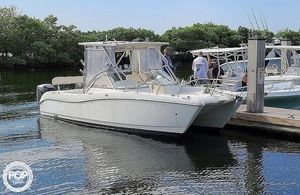 Used World Cat 250 DC Power Catamaran Boat For Sale