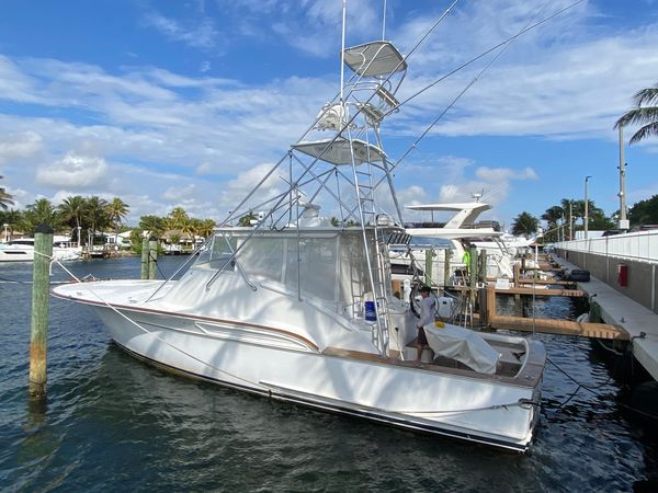 Used Buddy Davis 48 Express Saltwater Fishing Boat For Sale