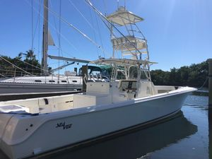 Used Seavee 390I IPS Center Console Fishing Boat For Sale