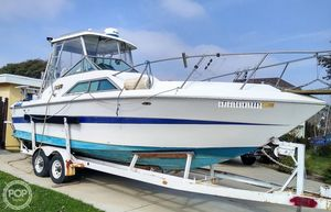 Used Chris-Craft Scorpion 264 Express Cruiser Boat For Sale