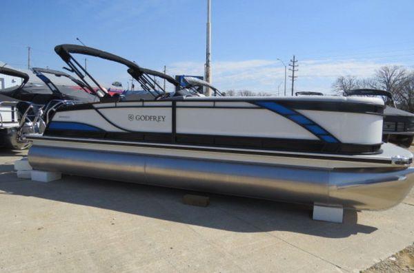 New Godfrey Pontoons Monaco 255 C iMPACT PLUS 29 in. Center T Pontoon Boat For Sale
