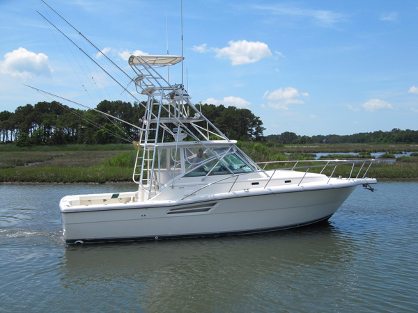 Used Pursuit 3400 Express Cruiser Boat For Sale