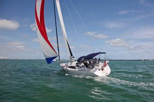 New Catalina 315 Racer and Cruiser Sailboat For Sale