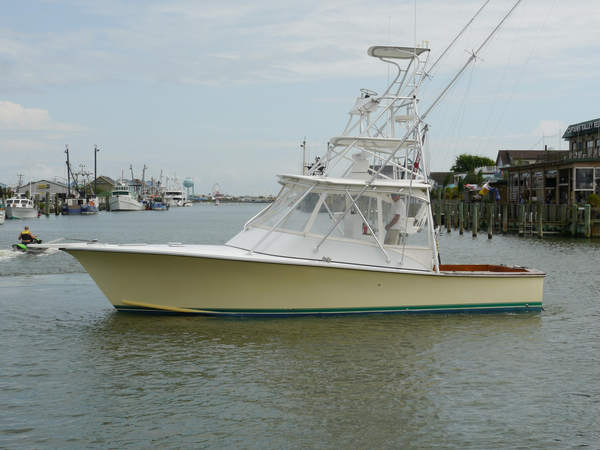 Used Judge Custom 34 Custom Express Saltwater Fishing Boat For Sale