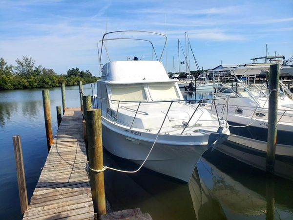 Used Uniflite Double Cabin 36 Trawler Boat For Sale