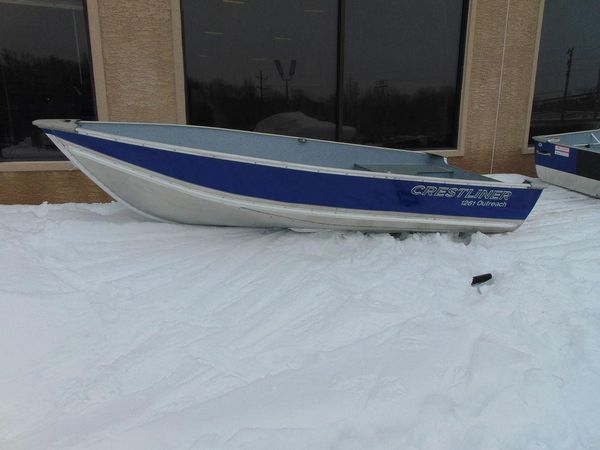 New Crestliner 1261 Outreach Freshwater Fishing Boat For Sale