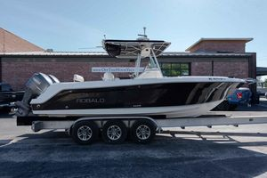 Used Robalo R260 Center Console Saltwater Fishing Boat For Sale