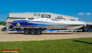 Used Apache 41 Pleasure High Performance Boat For Sale