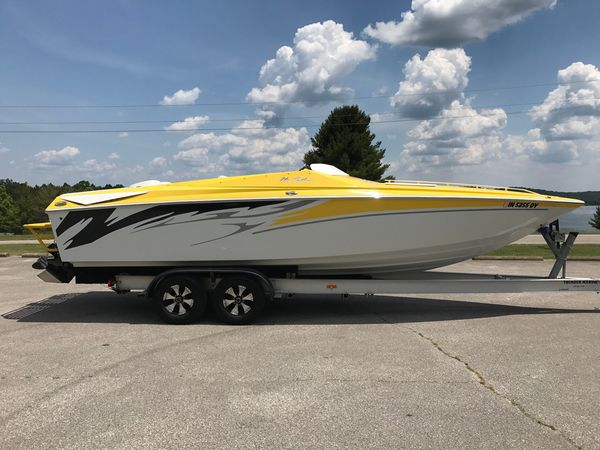 Used Baja 26 Outlaw SST High Performance Boat For Sale