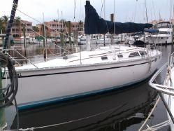 Used Hunter 35 Daysailer Sailboat For Sale