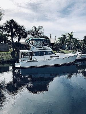 Used Bayliner 3870 Aft Cabin Boat For Sale