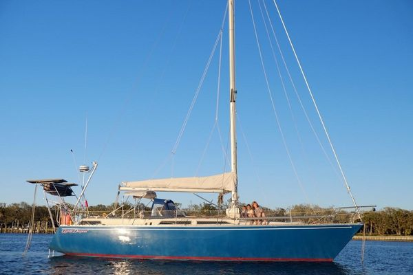 Used Moody 419 Center Cockpit Sailboat For Sale