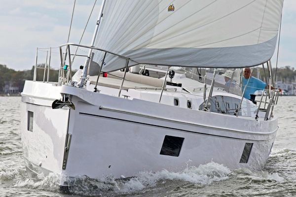 New Catalina 545 Racer and Cruiser Sailboat For Sale