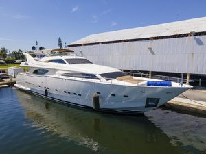 Used Ferretti Yachts Custom Line 94 Motor Yacht For Sale