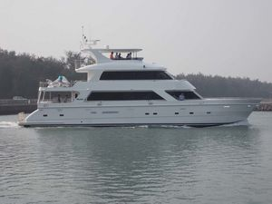 New President 870 Tri Deck LRC Motor Yacht For Sale