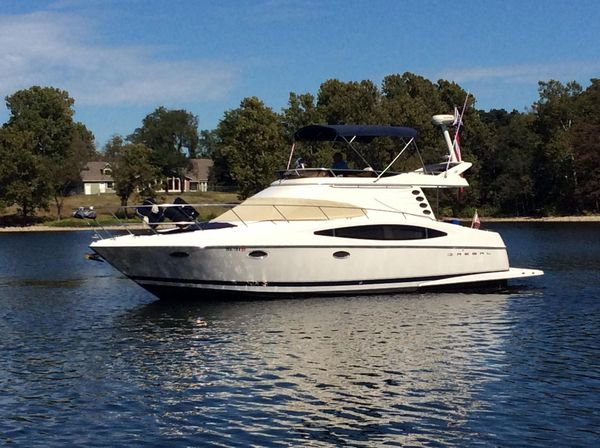 Used Regal 3780 Commodore Flybridge Boat For Sale