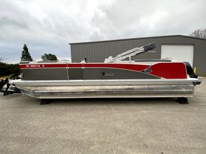 Used Tahoe 2585 CASCADE QUAD LOUNGER Pontoon Boat For Sale