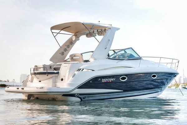 Used Monterey 32 Motor Yacht For Sale