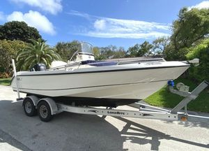 Used Boston Whaler 210 Outrage Center Console Fishing Boat For Sale