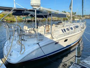 Used Hunter 460 Cruiser Sailboat For Sale