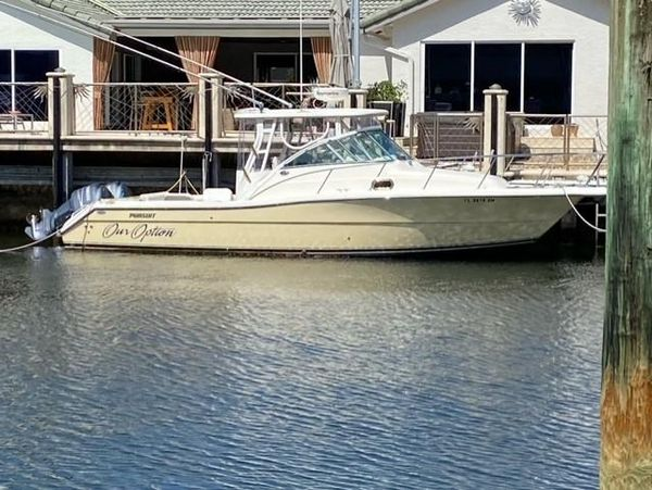 Used Pursuit 3070 Offshore Motor Yacht For Sale