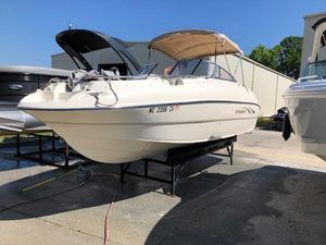 Used Stingray 220 DS Bowrider Boat For Sale