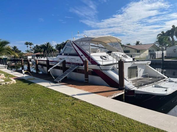 Used Infinity Custom Express Cruiser Boat For Sale