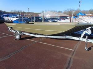 New Crestliner 2070 Retriever Jon Boat For Sale