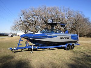 Used Supra SE Ski and Wakeboard Boat For Sale