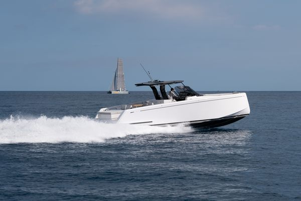 New Pardo 43 Motor Yacht For Sale