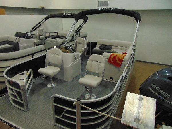 New Sweetwater SW 1680 FX Pontoon Boat For Sale