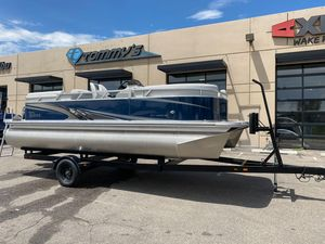 New Tahoe 2080 SLT Quad Lounger w/ Suzuki 90 ATL Pontoon Boat For Sale