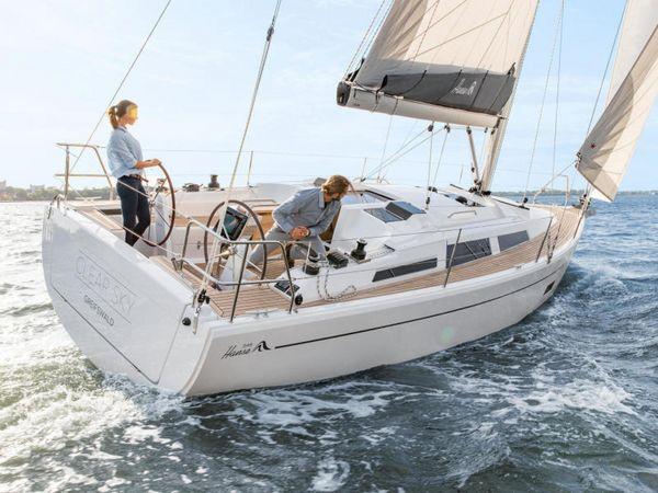 New Hanse 348 #189 Cruiser Sailboat For Sale