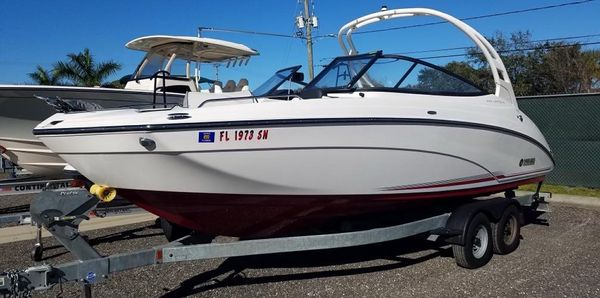 Used Yamaha Boats 242 Bowrider Boat For Sale