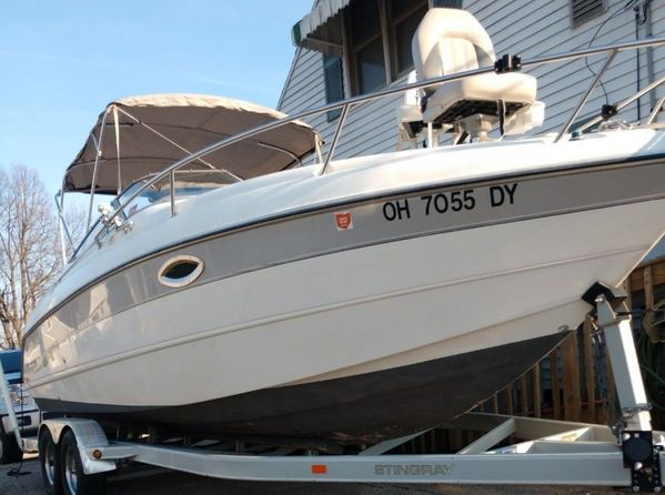Used Stingray 240CR Cruiser Boat For Sale