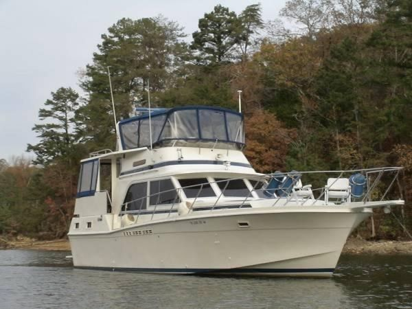 Used Chris-Craft 425 Aft Cabin Boat For Sale