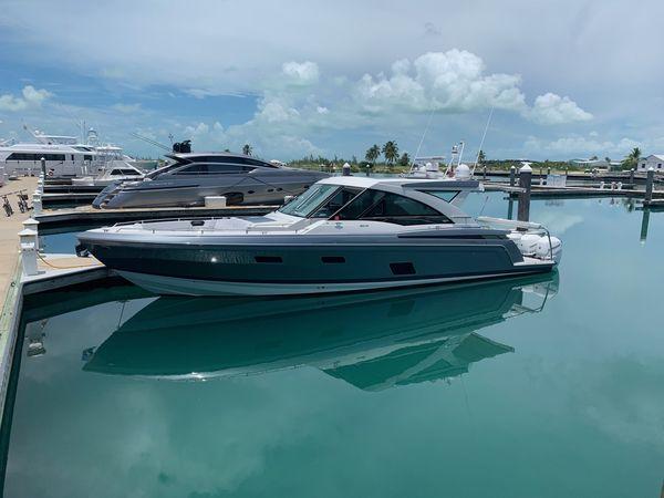 Used Formula 430 Super Sport Crossover Cruiser Boat For Sale