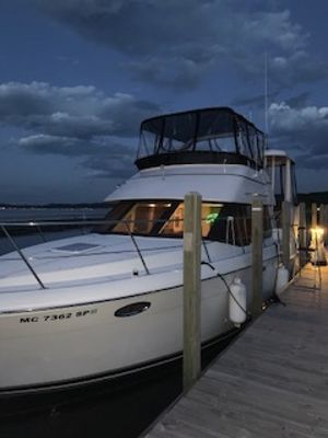 Used Carver 356 Aft Cabin Motor Yacht For Sale