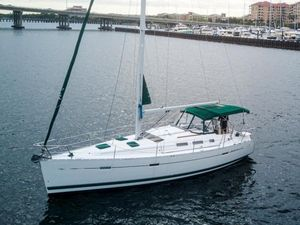 Used Beneteau 373 Sloop Sailboat For Sale