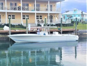 Used Seavee 390IPS Center Console Fishing Boat For Sale