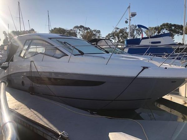Used Sea Ray Sundancer 350 Coup Power Cruiser Boat For Sale