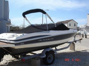 Used Maxum 2000 SR3 Bowrider Boat For Sale