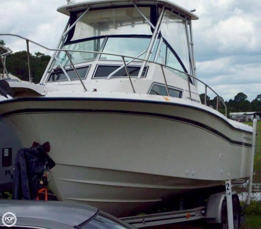 1992 used grady white 252 sailfish sportbridge gt for Grady white fishing boats