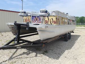 Used Lowe 24 Pontoon Boat For Sale