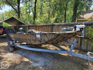 Used Lowe Roughneck 1650 DT Flats Fishing Boat For Sale