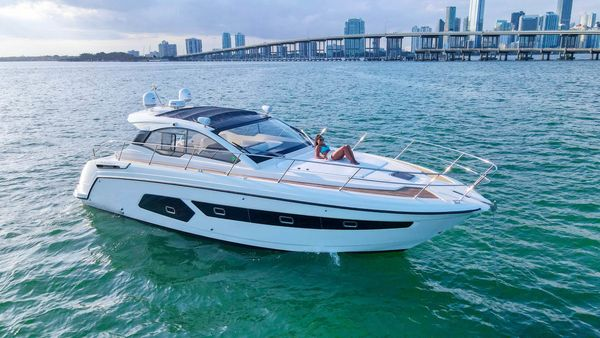Used Azimut 43 Atlantis Express Cruiser Boat For Sale